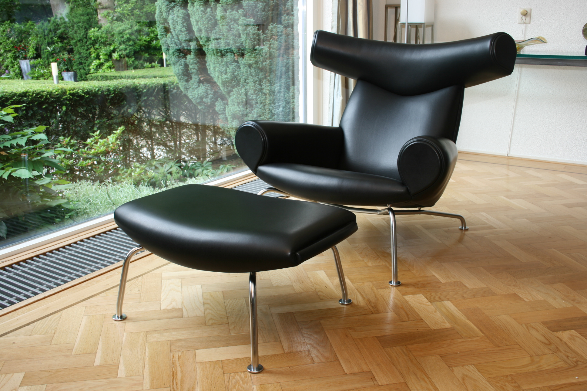 Erik Jorgensen Ox Chair
